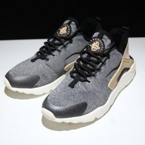 d613093d7638 Nike Shoes - Nike Air Huarache Run Ultra SE Black Vachetta Tan